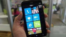 Por que os lançamentos com Windows Phone demoram tanto a chegar no Brasil? Isso realmente é verdade?
