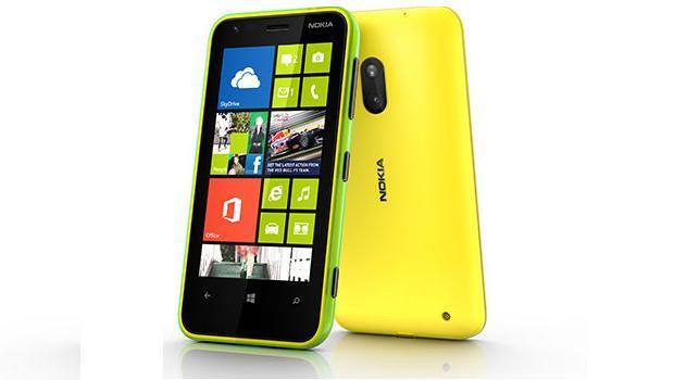Nokia_Lumia_620_ com windows phone 8