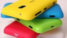 Compre um Lumia 620 ou um 820 e ganhe uma capinha colorida grátis