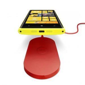 qi wireless 700-nokia-wireless-charging-plate-dt-900-with-nokia-lumia-920