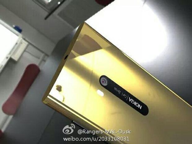 nokia-lumia-920-gold-01_thumb