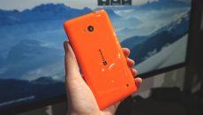 Quer ter um Lumia 640 na cora laranja? Então você vai ter que compra-lo na C&A