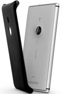 Lumia 925 e sua capa para carregamento sem fio vendida separadamente