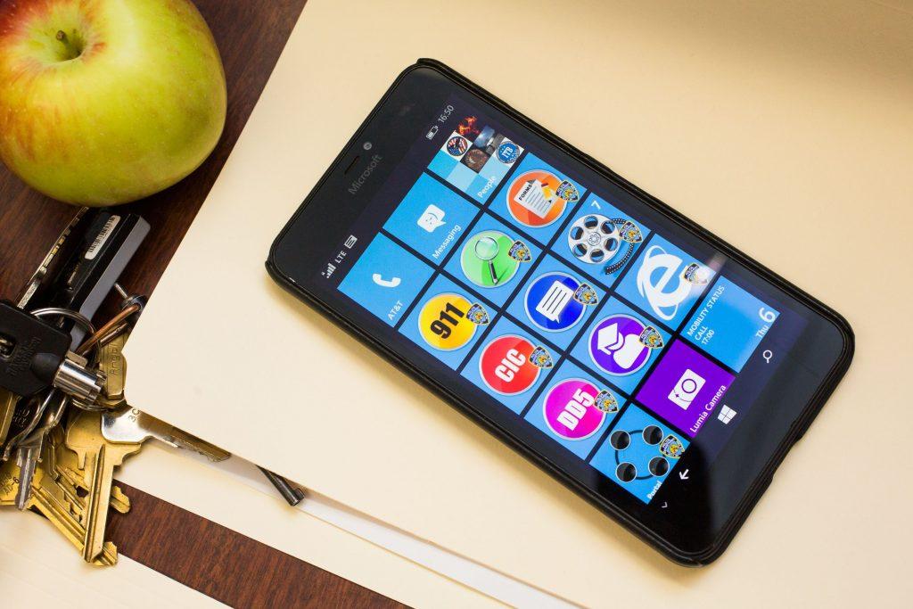 nypd-smartphones-10