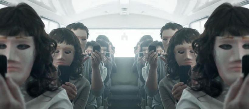 black-mirror-820x360
