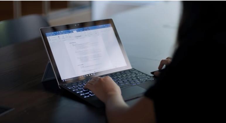 Dica: construa seu curriculum usando o LinkedIn e o Microsoft Word