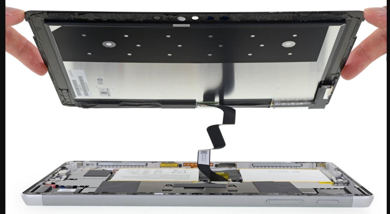 iFixit desmontou o Surface Go e disse que ele…