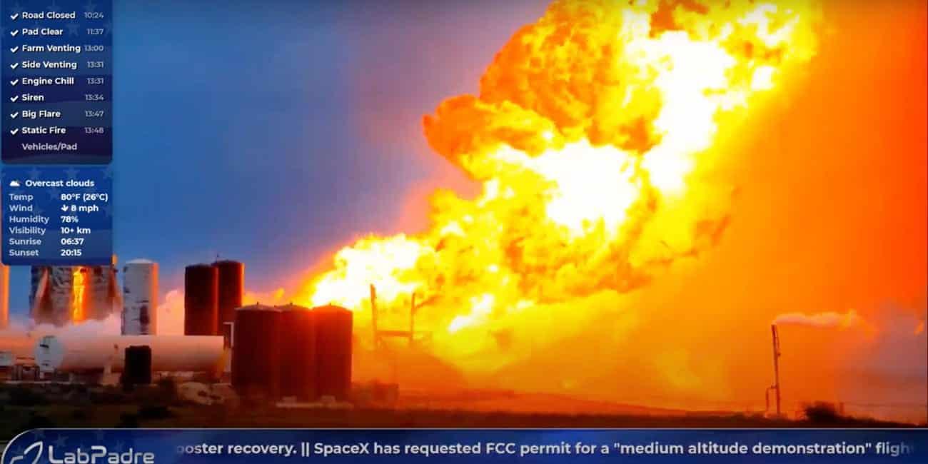 Foguete da SpaceX explode durante um teste de motor