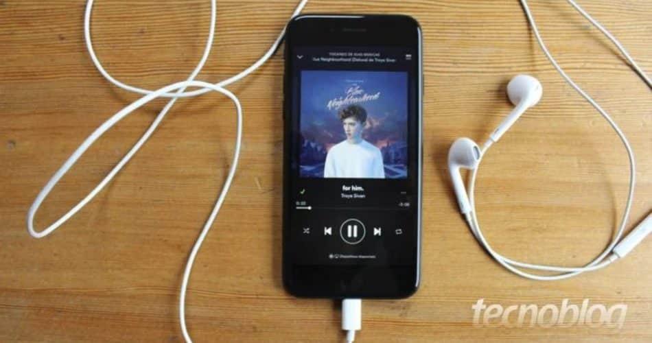 Spotify prepara músicas no plano gratuito para tocar offline