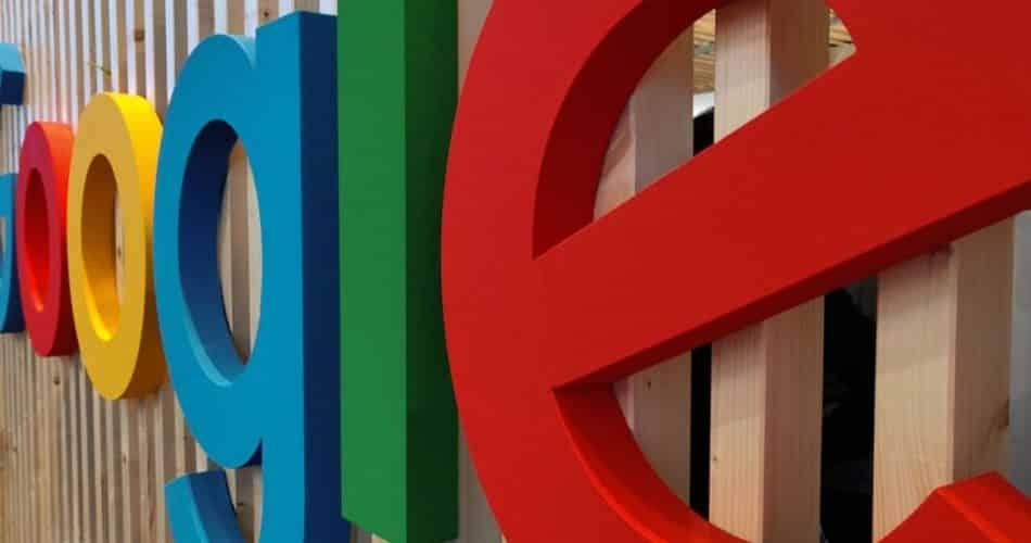 Finalmente, você pode usar imagens de fundo personalizadas no Google Meet
