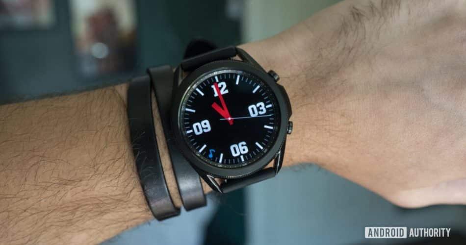 O recurso de boatos empolgantes sobre o Galaxy Watch 4 pode não acontecer.
