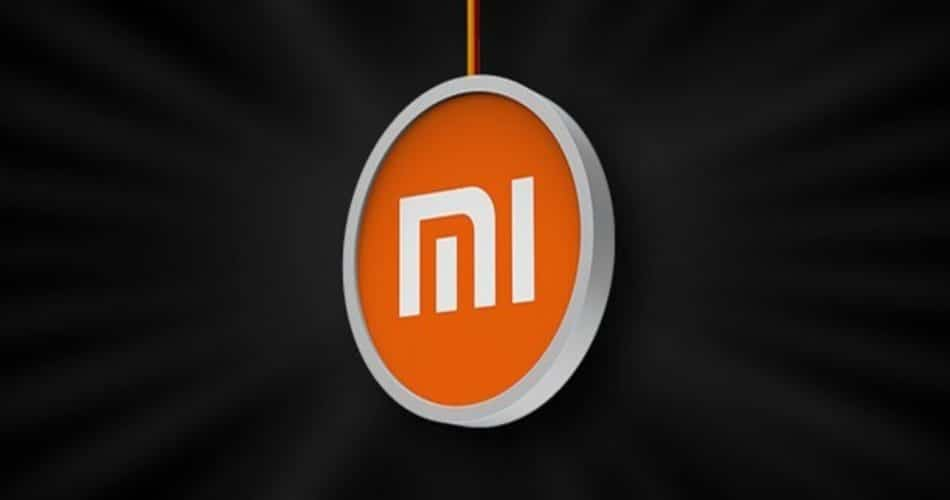 Xiaomi-registra-patente-de-smartphone-cilíndrico-com-tela-flexível_ (1)