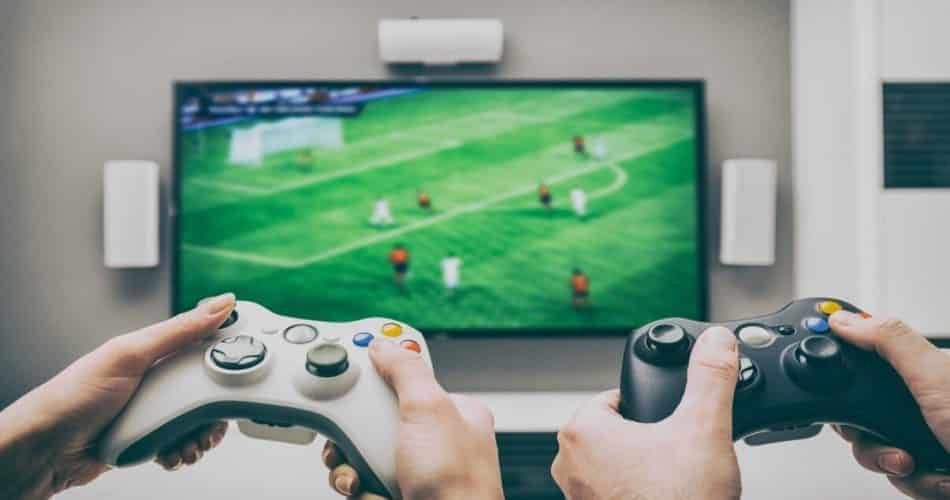 A Microsoft está trabalhando em um stick de streaming para Xbox e aplicativo de TV!